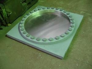 Плита скольжения неподвижной опорной части с применением листового фторопласта