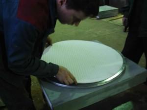 Сборка опорной части с применением листового фторопласта