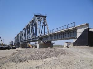 Мост через р. Иле в Казахстане, где использованы опорные части и сейсмозащитные устройства Группы компаний «Стройкомплекс-5»