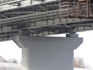"""Шаровые сегментные опорные части на мосту через р. Проню на автодороге М-5. Продукция ООО """"Стройкомплекс-5"""""""